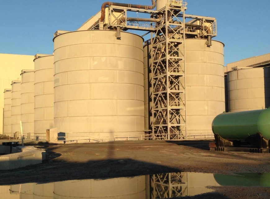 industrial holding tanks/silos on worksite